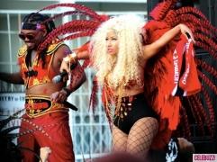 Nicki-Minaj-Dons-On-Bikini-for-Pound-The-Alarm-Video-Shoot-1-580x435