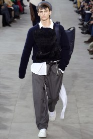 LV17-18/c Louis Vuitton/ GOSHABOUT.COM